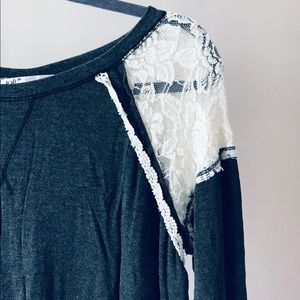 JOLT | Gray Tunic Long Sleeve shirt with Lace